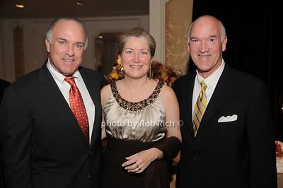 Bernie Kennedy, Lisa Kennedy,Tom Cullen photo by Rob Rich © 2009 robwayne1@aol.com 516-676-3939