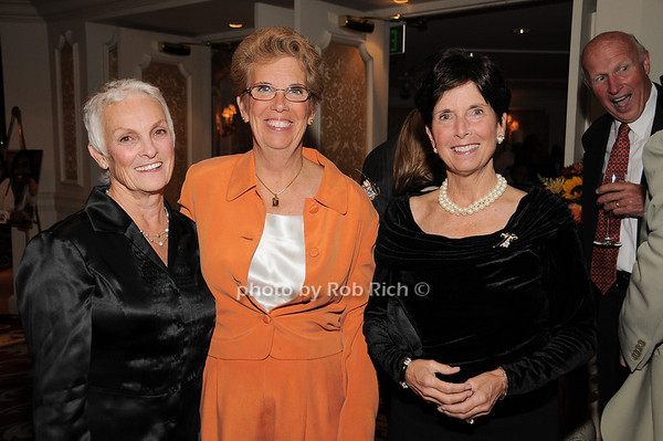 Barbara Romano, Lorraine Bogan, Gloria Grafer<br /> photo by Rob Rich © 2009 robwayne1@aol.com 516-676-3939