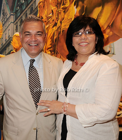 Noel Hernandez, Dawn Hernanndez<br /> <br /> photo by Rob Rich © 2010 robwayne1@aol.com 516-676-3939