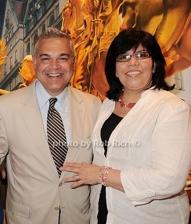 Noel Hernandez, Dawn Hernanndez<br /> <br /> photo by Rob Rich © 2010 robwayne1@aol.com 516-676-3939