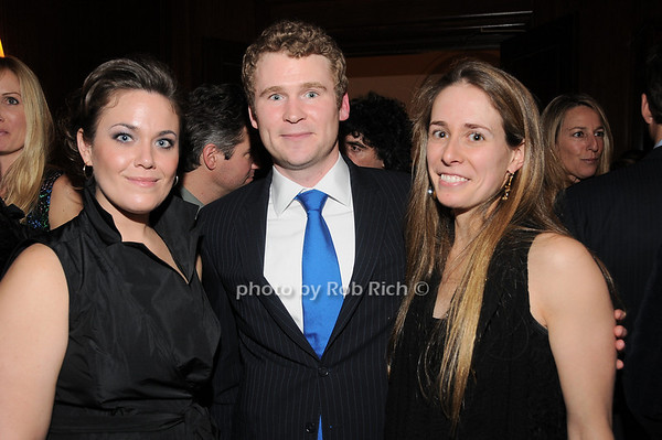 Amanda Baer, Jesse, Janet Portland<br /> photo by Rob Rich © 2010 robwayne1@aol.com 516-676-3939