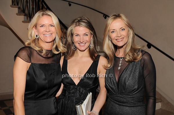 Krista Krieger, Eliza Osborne, Bonnie Pfeifer Evans<br /> photo by Rob Rich © 2010 robwayne1@aol.com 516-676-3939