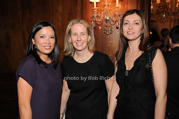 Catherine Swahn, Allson Pappas, Yesin Philip<br /> photo by Rob Rich © 2010 robwayne1@aol.com 516-676-3939