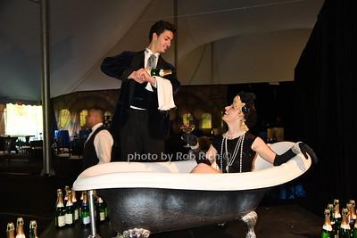 performers photo by Rob Rich/SocietyAllure.com © 2016 robwayne1@aol.com 516-676-3939