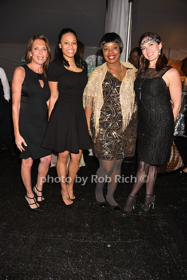 Robin Tiffen, Loni Burton,Samantha Amazon, Ryan Reilly