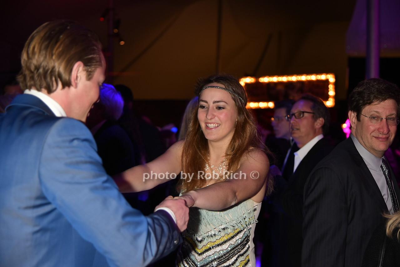 dancingphoto by Rob Rich/SocietyAllure.com © 2016 robwayne1@aol.com 516-676-3939