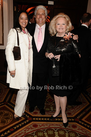 Cassandra Seidenfeld, Joe Pontarelli, Jane Pontarelli<br /> photo by Rob Rich © 2010 robwayne1@aol.com 516-676-3939