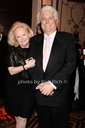 Jane Pontarelli, Joe Pontarelli<br /> photo by Rob Rich © 2010 robwayne1@aol.com 516-676-3939