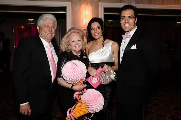 Joe Pontarelli, Jane Pontarelli, guests<br /> photo by Rob Rich © 2010 robwayne1@aol.com 516-676-3939