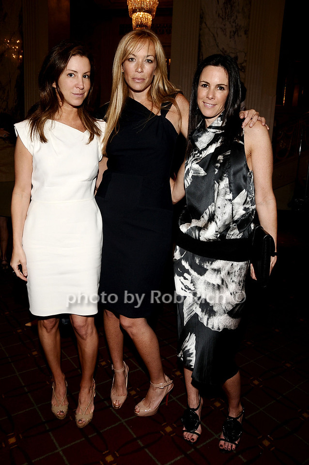 Liz Cohen, Jennifer Brown, Sara Pilot photo by Rob Rich © 2010 robwayne1@aol.com 516-676-3939