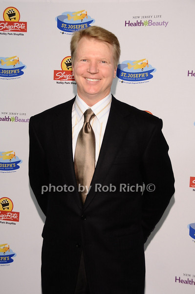 Phil Simms<br /> <br /> photo by Rob Rich © 2010 robwayne1@aol.com 516-676-3939