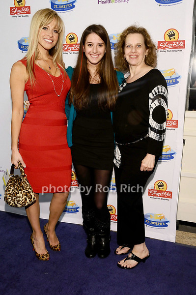 Dina Manzo, Lexi Manzo, Cookie Rooney<br /> <br /> photo by Rob Rich © 2010 robwayne1@aol.com 516-676-3939