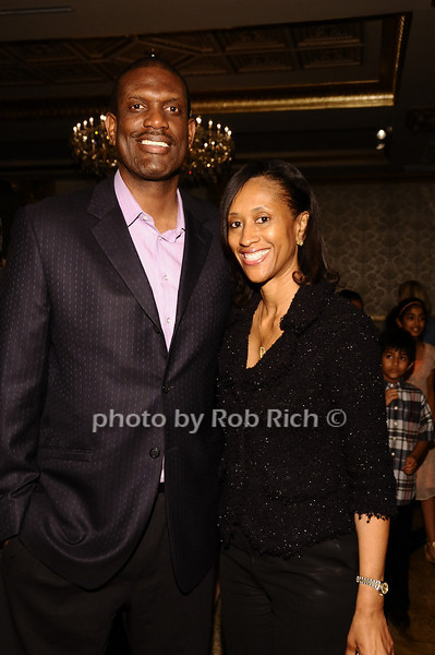 Albert King, Tammy King<br /> <br /> photo by Rob Rich © 2010 robwayne1@aol.com 516-676-3939