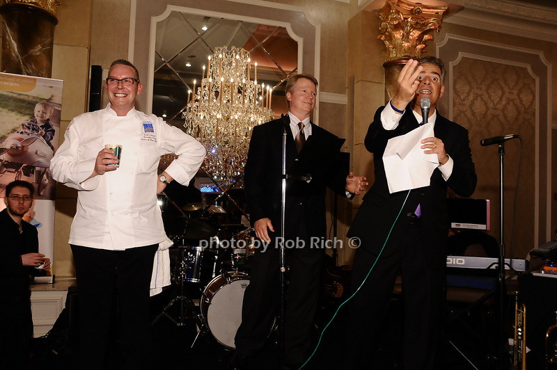Scott Cutaneo, Phil  Simms, Steve Adbuto <br /> <br /> photo by Rob Rich © 2010 robwayne1@aol.com 516-676-3939