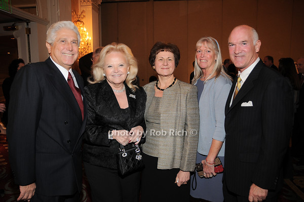 Joe Pontarelli, Jane Pontarelli, Grace LoGrande,Cathy Cullen, Tom Cullen<br /> photo by Rob Rich © 2009 robwayne1@aol.com 516-676-3939