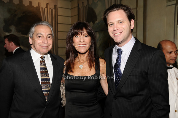 Zack Stein, Irene Cohen, Robert Greenberg<br /> photo by Rob Rich © 2010 516-676-3939 robwayne1@aol.com