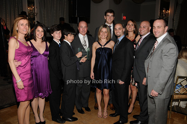 Jacobson family , Eli Manning<br /> photo by Rob Rich © 2010 516-676-3939 robwayne1@aol.com