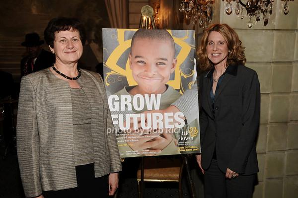 Grace LoGrande, Lynn Macrone<br /> photo by Rob Rich © 2010 516-676-3939 robwayne1@aol.com