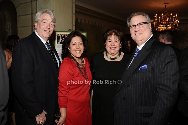 guests,  Alan Rosenberg<br /> photo by Rob Rich © 2010 516-676-3939 robwayne1@aol.com