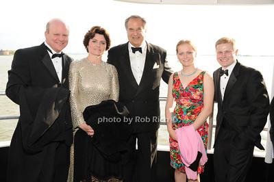 Cliff Washer, Carol Washer, Stewart Lane, Christine Washer, Alex Washer photo by Rob Rich © 2011 robwayne1@aol.com 516-676-3939