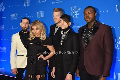 Pentatonix photo by Rob Rich/SocietyAllure.com © 2015 robwayne1@aol.com 516-676-3939