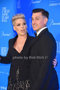PINK, Carey Hart photo by Rob Rich/SocietyAllure.com © 2015 robwayne1@aol.com 516-676-3939