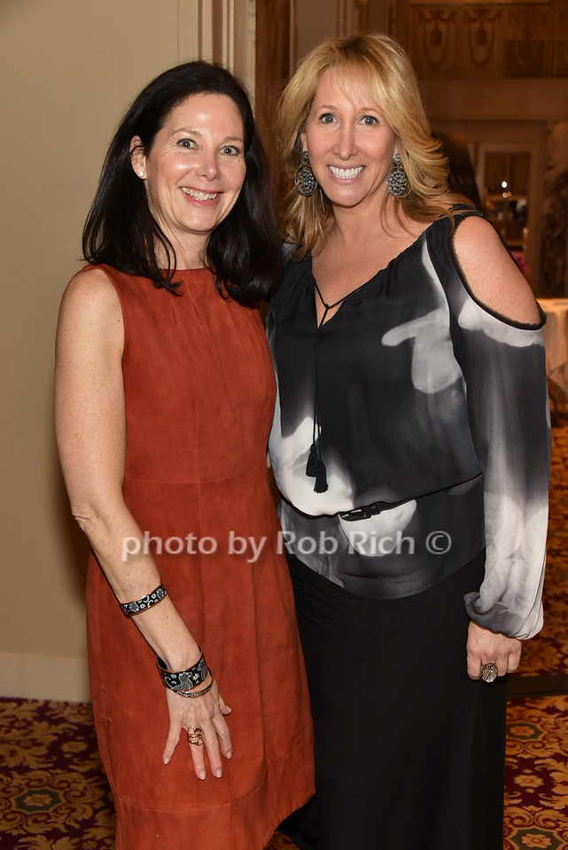 Rebecca Hollander, Lisa Konsker