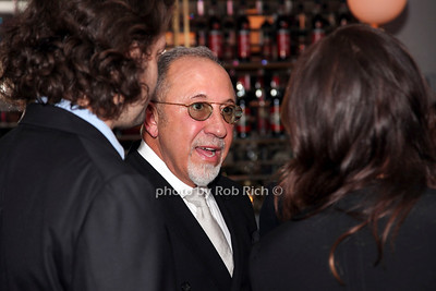 Emilio Estefan photo by R.Cole for Rob Rich/SocietyAllure.com ©2017 robrich101@gmail.com 516-676-3939