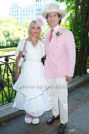 Nicole Salmasi, Eric Javits photo by Rob Rich/SocietyAllure.com ©2021 robrich101@gmail.com 516-676-3939