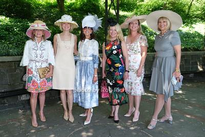 Karen Klopp, Karen Karlsrud , Robyn Joseph, Janna Bullock, Liz McCreery, Kitty Berry photo by Rob Rich/SocietyAllure.com ©2021 robrich101@gmail.com 516-676-3939
