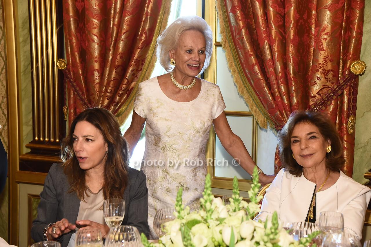 Bettina Waxman, Ingeborg Rennert, Marion Waxman photo  by Rob Rich/SocietyAllure.com ©2017 robrich101@gmail.com 516-676-3939