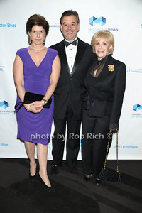 Susan Iseman, Jim Iseman, and June Iseman photo by Rob Rich/SocietyAllure.com © 2011 robwayne1@aol.com 516-676-3939