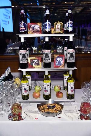 bar photo by Rob Rich/SocietyAllure.com © 2015 robwayne1@aol.com 516-676-3939