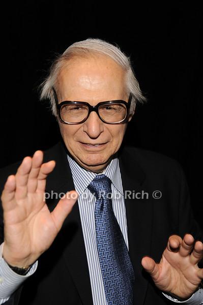 The Amazing Kreskin<br /> photo by Rob Rich © 2010 robwayne1@aol.com 516-676-3939