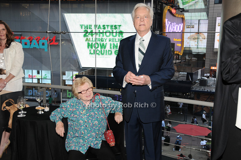 Dr.Ruth Westheimer, Robert Osborne<br /> photo by Rob Rich © 2010 robwayne1@aol.com 516-676-3939