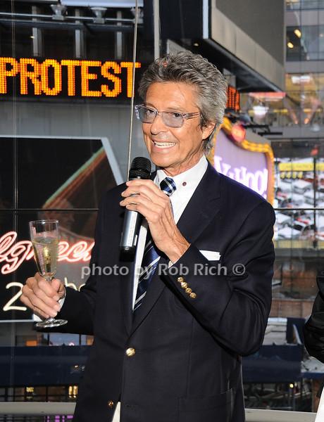 Tommy Tune<br /> photo by Rob Rich © 2010 robwayne1@aol.com 516-676-3939