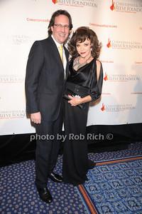 Percy Gibson, Joan Collins photo by Rob Rich © 2010 robwayne1@aol.com 516-676-3939