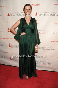 Alexandra Reeve Givens photo  by Rob Rich © 2011 robwayne1@aol.com 516-676-3939