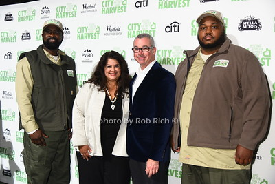 city harvest driver, Nadine Mirchandani, guest, city harvest driver photo by Rob Rich/SocietyAllure.com ©2017 robrich101@gmail.com 516-676-3939