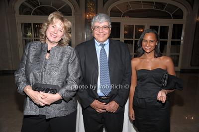 Janice,Daszak  Harvey Kasdan, Shari Sampson photo by Rob Rich © 2010 robwayne1@aol.com 516-676-3939