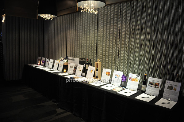 silent auction items<br /> photo by Rob Rich/SocietyAllure.com © 2014 robwayne1@aol.com 516-676-3939