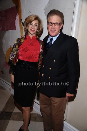 Vivian Diamont, Lee Goldberg photo by Rob Rich © 2010 robwayne1@aol.com 516-676-3939