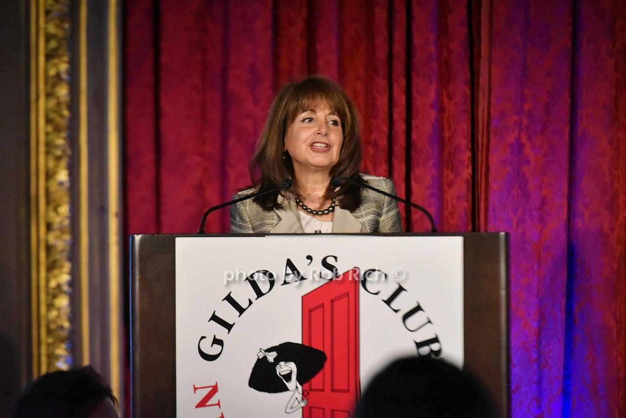 Lily Safani (CEO Gildas Club)