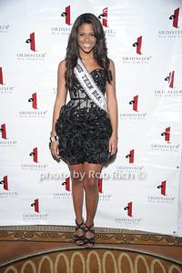Miss Teen USA Kamie Crawford  photo by Rob Rich © 2010 robwayne1@aol.com 516-676-3939