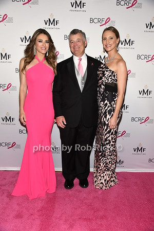 Elizabeth Hurley, William Lauder, Kinga Lampbert photo by Rob Rich/SocietyAllure.com © 2016 robwayne1@aol.com 516-676-3939