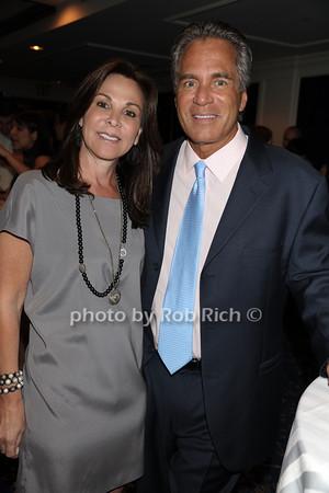 Meryl Tillis, Robert Tillis photo by Rob Rich © 2011 robwayne1@aol.com 516-676-3939