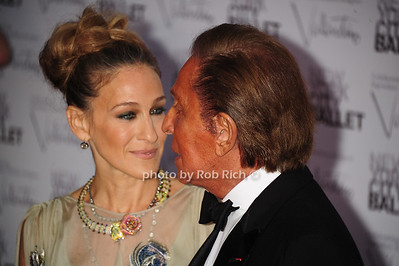 Sarah Jessica Parker and Valentino Garavani New York City Ballet Fall Gala 2012 held at Lincoln Center- Arrivals New York City, USA- 09-20-12 photo by Rob Rich/SocietyAllure.com © 2012 robwayne1@aol.com 516-676-3939