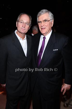 Ken Hollenbeck , Ted Schwartz