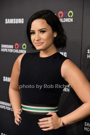Demi Lovato<br /> photo by Rob Rich/SocietyAllure.com © 2015 robwayne1@aol.com 516-676-3939