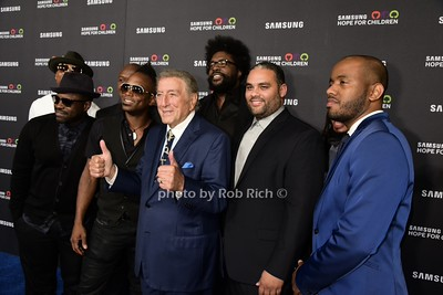 Tony Bennett and the ROOTS photo by Rob Rich/SocietyAllure.com © 2015 robwayne1@aol.com 516-676-3939